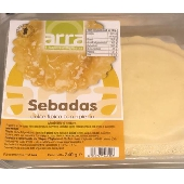 Typical Sardinian sweet seadas with filling - I Sapori d 'Ogliastra