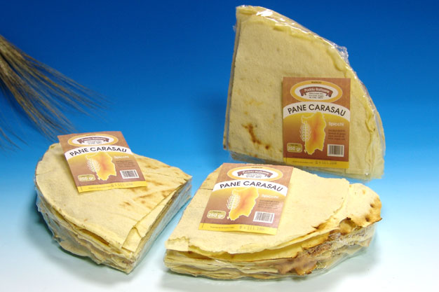 Carasau bread in pieces