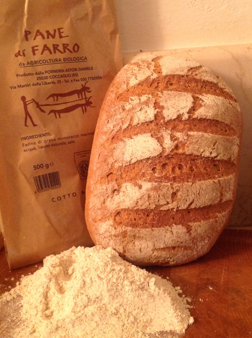 Stonebaked organic bread with spelled flour - Forno Astori