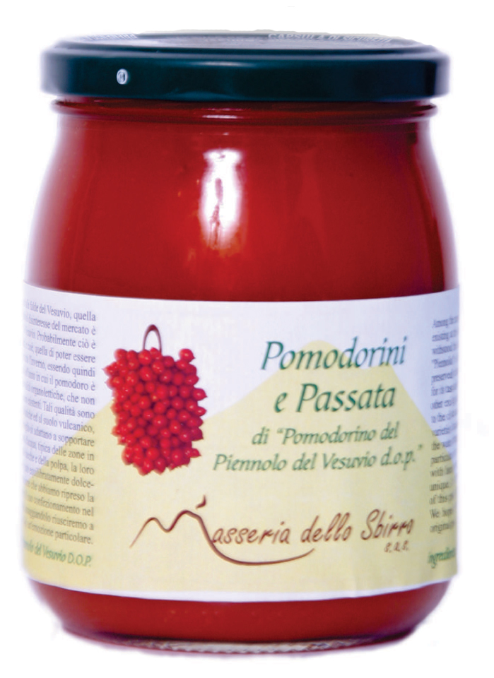 Cherry tomatoes in sieved tomatoes made from Pomodorino del Piennolo del Vesuvio DOP - jar