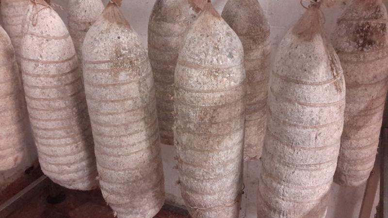 Bresaola made from Piedmontese beef of Fassona breed - Macelleria Mastra Alebardi
