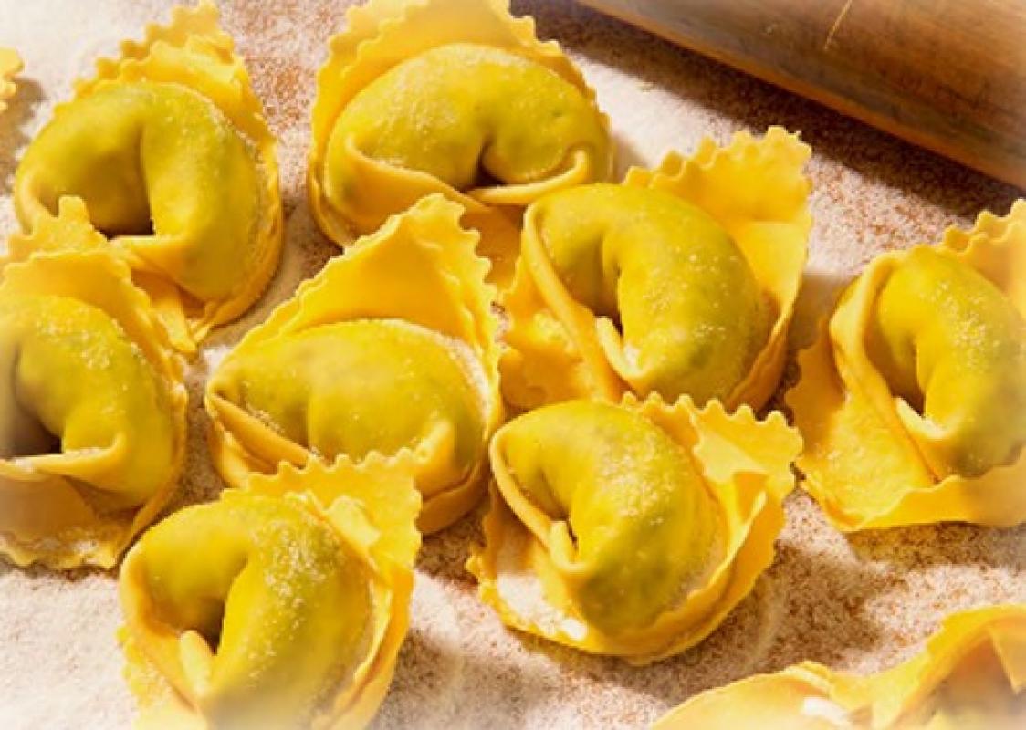 Typical Hand Made Tortellini di Valeggio with Meat Stuffing - Pastificio Menini